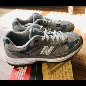 huge selection of 21bb9 20e20 Women's Classics 993 Running shoes, New Balance